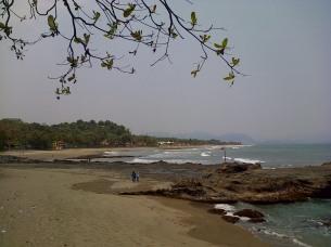 Pantai Karang Hawu, Cisolok, Pelabuhan Ratu, Sukabumi